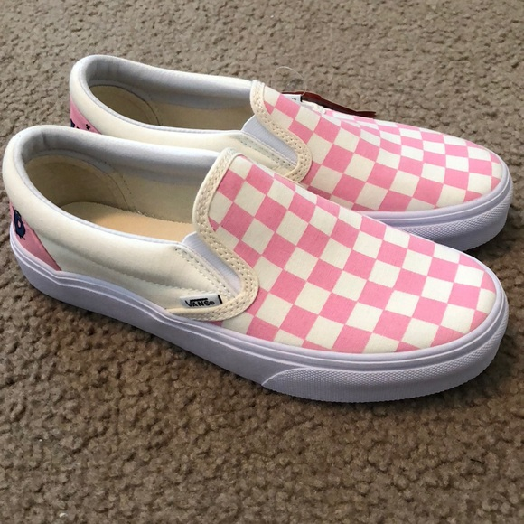 fbd740ef5294 Customized Pink Checkered Vans